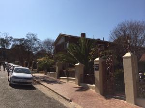 Tsessebe House modern