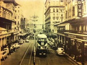 Tram in Eloff Street