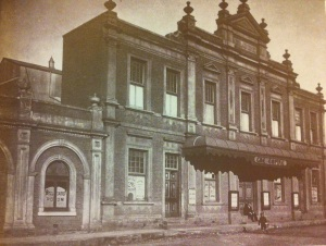 First Empire Theatre (Palace of varieties) previously the second rebuilt Globe. See 'Globe' still visible on top facade