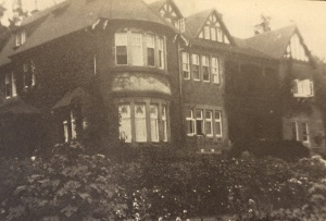 Troye's house in Parktown 'The Towers' circa 1928