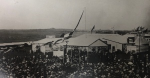 Crowds at the opening of the 1897 Agricultural Show.