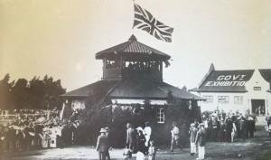 Tea Kiosk erected in 1915