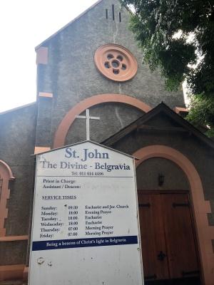 Belgravia st john entrance sign 2020