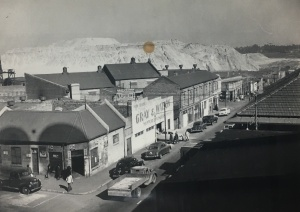 Marshall Str near ferreiras town 1955